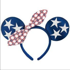 Patriotic Minnie ears 💙❤️